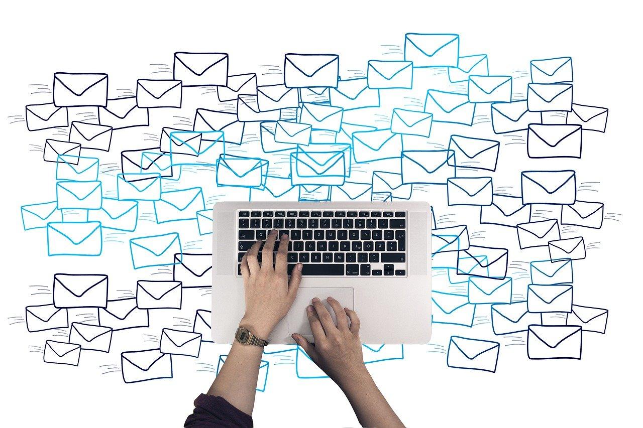 E-Mail Marketing oder Social Media: Was ist effektiver?